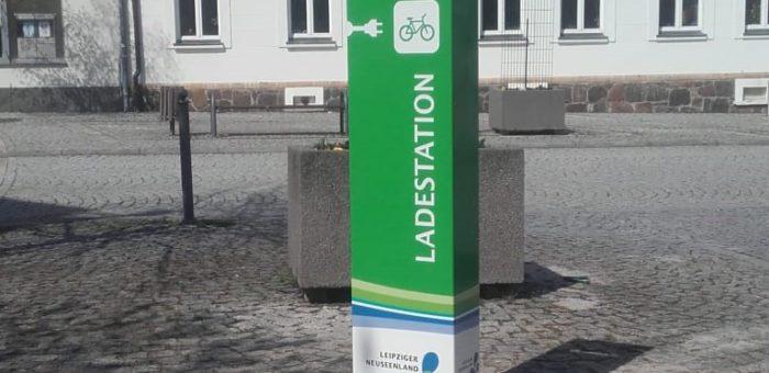 Projekt: Brandis – Neue Ladesäule versorgt E-Bikes