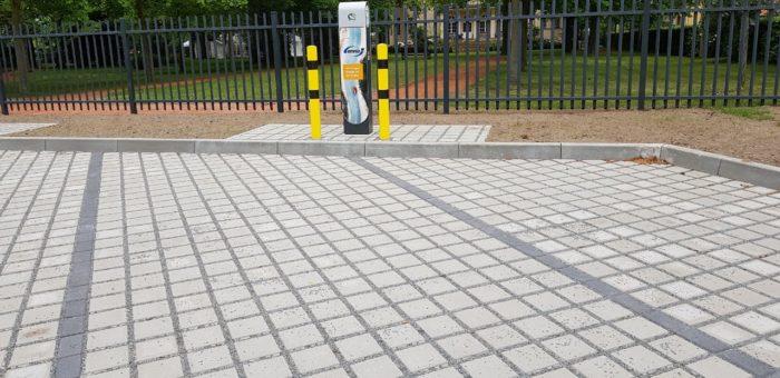 Projekt: Markkleeberg, Dietrich-Boenhoffer Platz sowie Rathausplatz – Aufstellung Ladesäulen zum versorgen von E-Autos